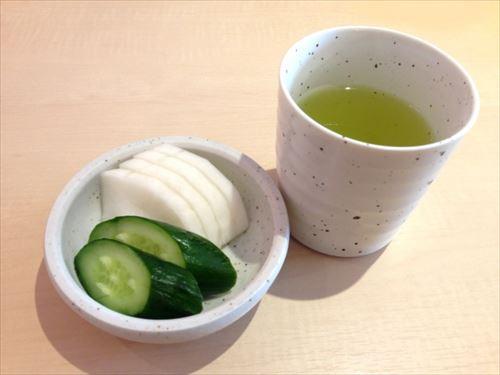 普段の生活に自然に緑茶を取り入れる